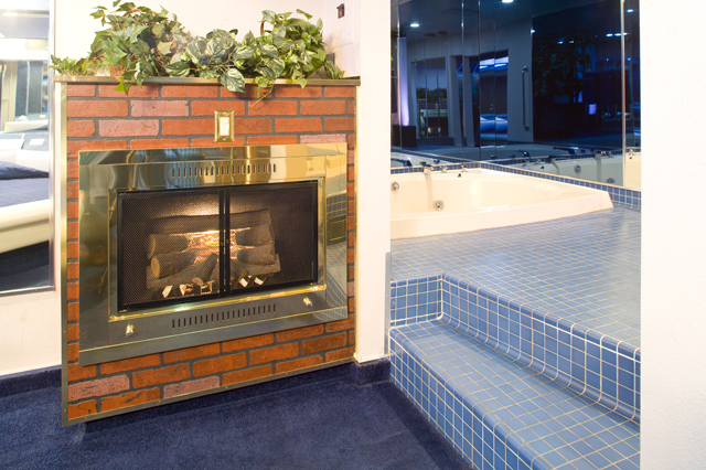 slideshow for album semi deluxe suite 22. Black Bedroom Furniture Sets. Home Design Ideas